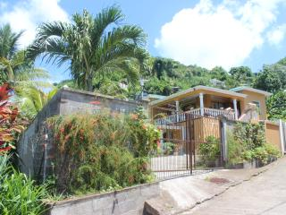 Lew`s Local Living, Grand Anse Beach