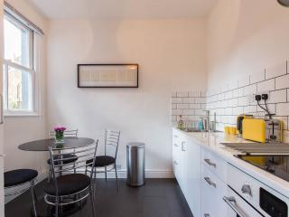 New Suite 3 Garden flat in  Belsize Park