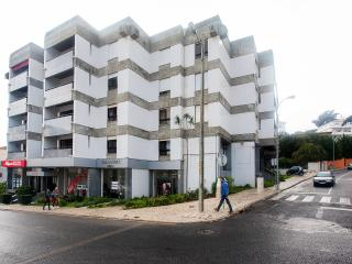 ESTORIL 2 BR MAGNIFICENT SUPER LOCATION!!