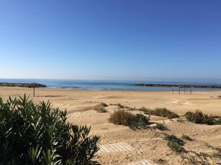 La terrazza sulla spiaggia, Donnalucata