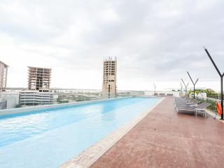 Lovely 2 bedroom apartment, the best view in town!