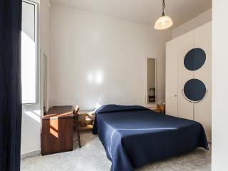 2bd flat off Piazza di Porta Pia (Villa Borghese)