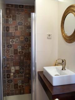 Apartamento MARRAKECH_Aseo con ducha