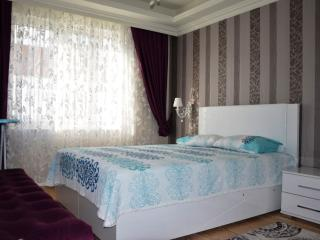 ULTRA LUXURY FURNISHED APARTMENT NEAR THE SEA, Antalya