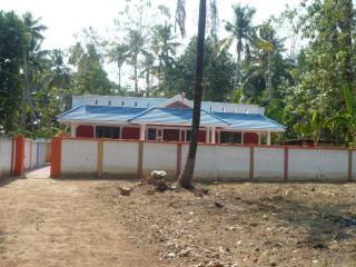 HOLIDAY HOME VARKALA -4Bedroom,1 Bedroom having AC, Varkala