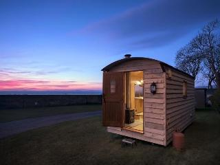 Caban Hendre (Shepherds Hut), Llwyngwril