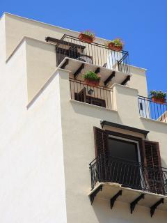 Il terrazzo visto dalla pazza San Onofrio