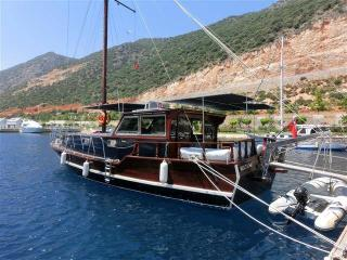 beautiful 3 bedroom gullet in kas marina, Kas