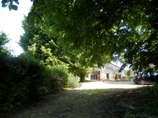 La Grange Cottages - View of La Chaux: hamlet rental, Brantome