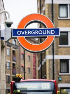 5 mins walk to London Overground