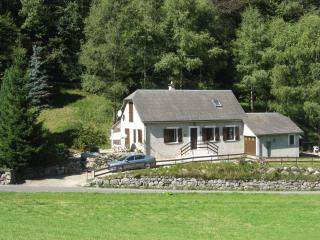 Beautiful Holiday Cottage in St Marie de Campan, Sainte-Marie-de-Campan
