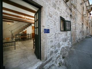 Hvar holiday apartment