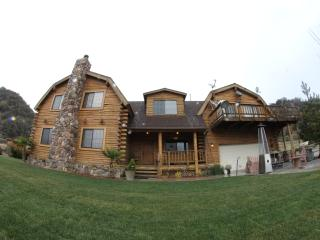 Luxury Vacation Loghome, Frazier Park