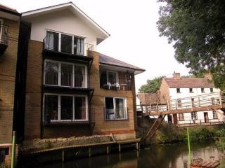 Apartment 2 Marina Heights, St. Neots