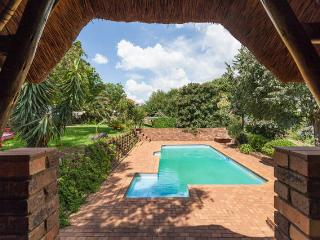 LIVING GREEN IN CENTRAL GATED NEIGHBORHOOD, Johannesburg