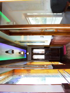 Houseboat Passage