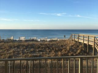 *****Gulf front property-steps to the beach*******, Fort Walton Beach