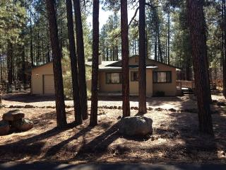 Pinetop Country Club Home-12 Person Luxury Getaway, Pinetop-Lakeside