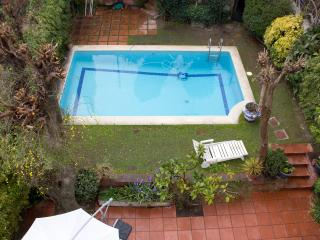 Great modernist villa with pool and garden, Barcelona