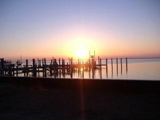 3 Bdrm Coastal Chic Condo Beach Haven