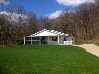 Comfort Cottage, Nelsonville