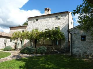 Villa Stancia Cicada / Stancija Cikada