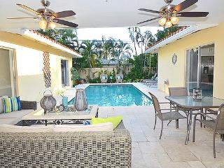 NEW STUNNING LAUD BY SEA BEACH HOME HEATED POOL!, Fort Lauderdale