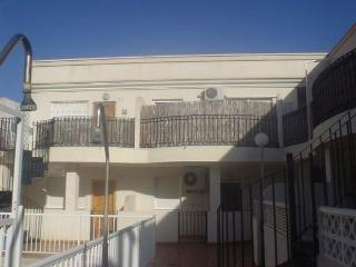 Casa vacacional de dos dormitorios con piscina-Jar