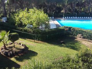 BRIGHT APARTMENT SWIMMING POOL VIEW, Agay