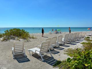 Sand Cay Beach Resort Ocean Views Luxury Apartment, Longboat Key