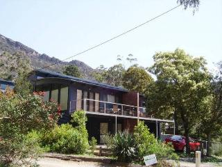 Glengarriff Town Houses 2, Halls Gap