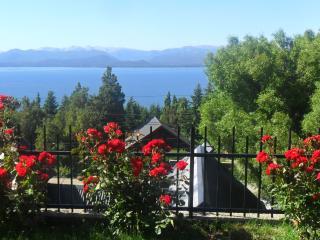 Bariloche, casa con vistas, cálida y práctica