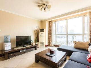 Large & Comfortable Living in Central Beijing Near All The Attractions