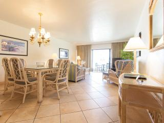 Golden Strand 2 Bedroom condo on beach, Sunny Isles Beach