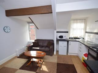 Chymes (Flat 4) Holiday Flats, Modern, 2nd Floor