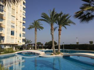 Fantastic 3 bedroom apartment 50m from the beach, Campello