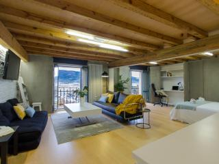 Luxury loft with views in Pamplona's downtown