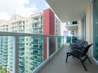 Luxurious and modern apartment Sunny Isles Beach
