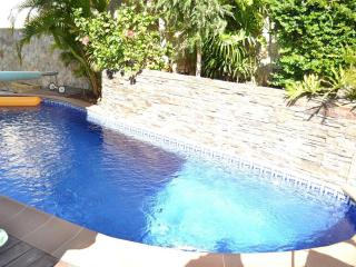 Villa with private garden. Ocean view. Heated pool, Costa Adeje
