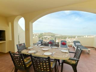 Stunning 3 Bedroom Los Olivos Apartment, Los Belones