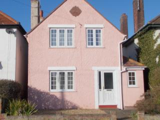 Pink House Pole Barn Lane, Frinton-On-Sea