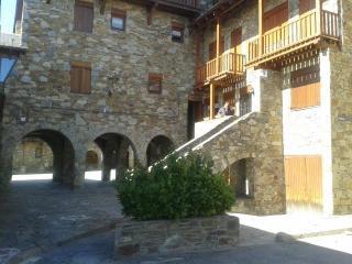 A 7 km de Puigcerda  a 2 km de Bolvir - Pleta Saga