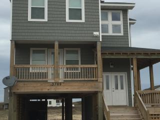 New in 2016! Amazing Ocean Views! Beach Closeby. WIFI. NO LINEN/CLEANING FEES, Kitty Hawk