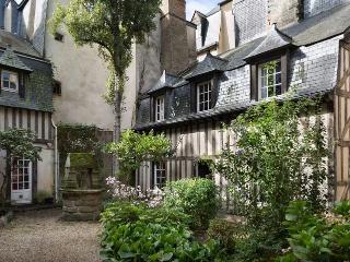 TY CHARM - Maison en plein centre historique, Rennes