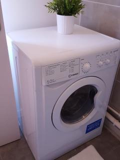 Machine à laver auto-séchant