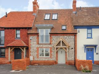 Seascape - Superb, recently built cottage 150m from the beach, East Wittering