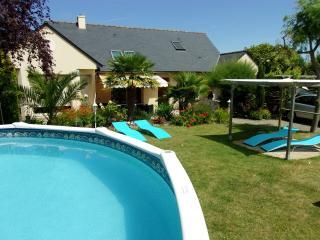 Cancale maison avec piscine 10 personnes.