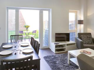 Four Bed Executive Town House in Campbell Park, Milton Keynes