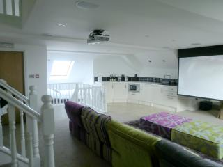 Luxury and Private Gated Apartment - Apt 6a, Southport