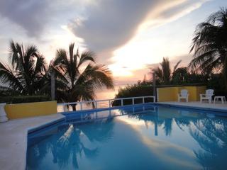 Condo Arena, Isla Mujeres
